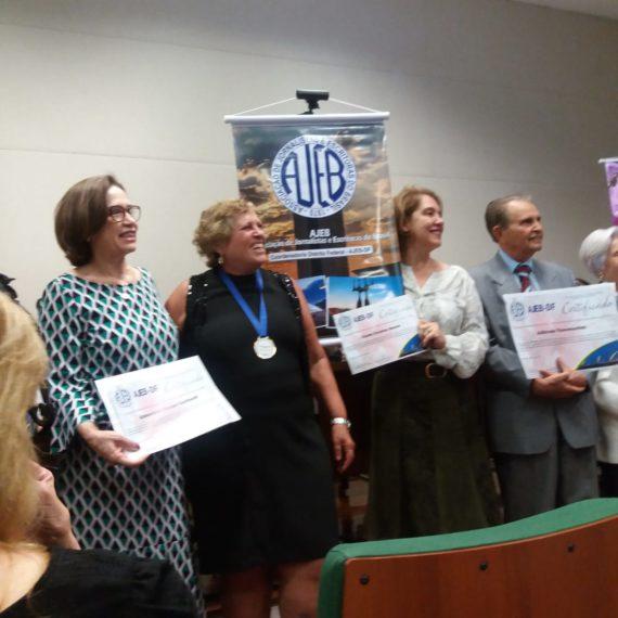 Posse da professora Almerinda Garibaldi como membro da AJEB -DF